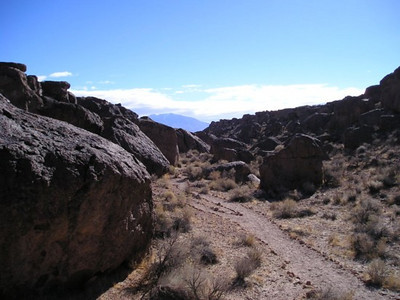 Trail through the Happy Boulders