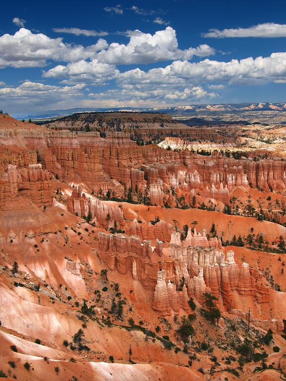 Distant Hoodoos - Bryce Canyon