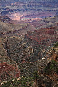- Across the Expanse -  Filtered light at the North Rim