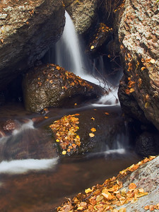 A small waterfall along Jump Creek canyon.  This is located above Jump Creek Falls, about a quarter to half mile back into the canyon.