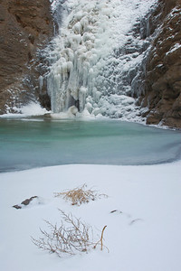 There were a significant amount of tumbleweeds along the trail and in the canyon.  These two were frozen at the foot of the falls and provided a nice foreground.