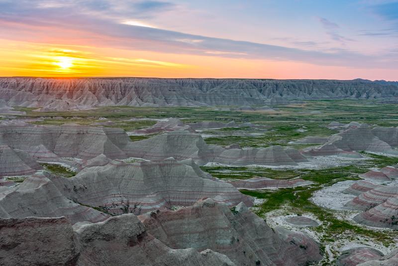 Big Badlands Overlook Sunrise