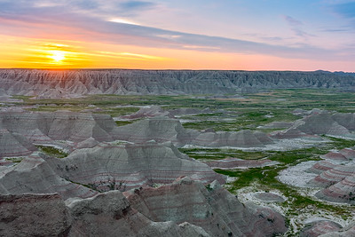 Big Badlands Overlook Sunrise