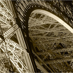 "Print title:  ""  PARIS BY DESIGN  ""  /  © Gj"