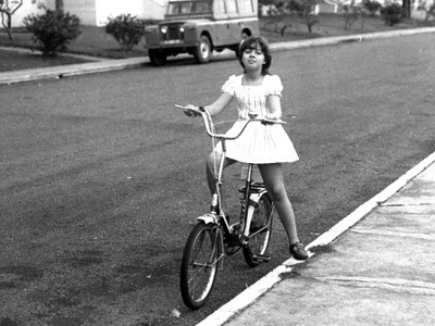 Lucapa - 1975 Laura António (filha de Azevedo António) - 10 anos