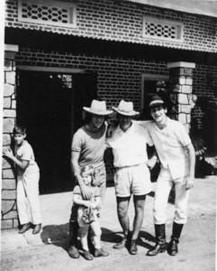 Manel ( neto do Bastos), Elsa, Vitó sr. Bonito,e Pipas