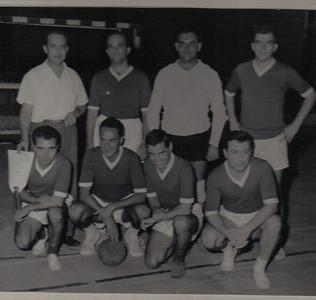 Silva Neves, Gameiro, Manuel Rodrigues e o ? (da Cont.). ?( do C.V.), Mário Machado, Horácio e Rolo.