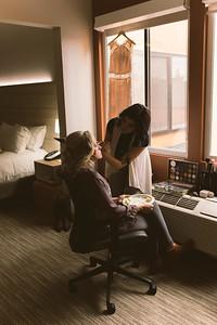 Brock & Laura Wedding _ Hotel Prep (21)