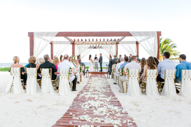 BreathlessRiviera-MexicoWedding-JanaMarie-003