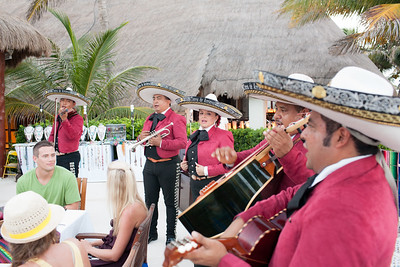 AzulBeachResort_MexicoWeddings_JanaMariePhotography-0078