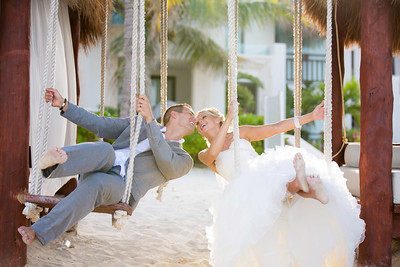 Joe & Tesa | Azul Beach Resort | Puerto Morelos, Mexico wedding