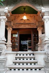 Shops & Galleries of Ubud 08