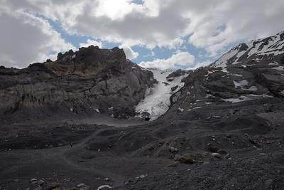 Nicki Hiking in Þórsmörk Glacier Valley - Iceland 2016