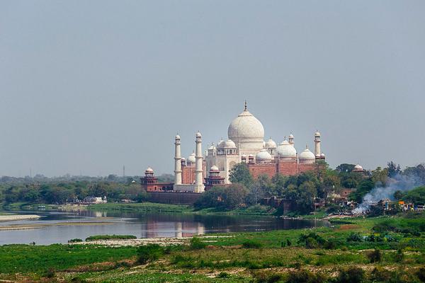 Agra 40