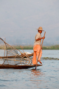 Inle 19