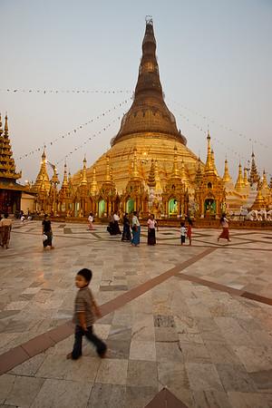 Shwedagon Pagoda 17