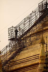 Shwedagon Pagoda 01