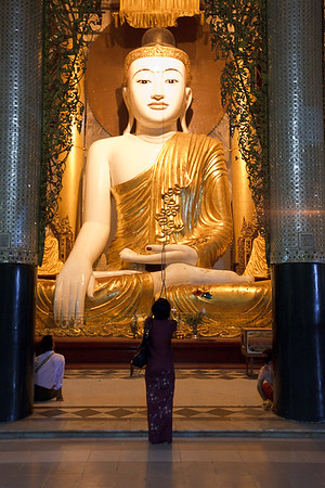 Shwedagon Pagoda 32