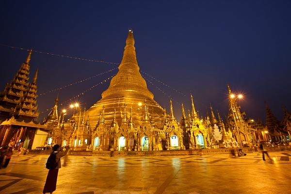 Shwedagon Pagoda 23