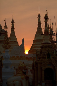 Shwedagon Pagoda 13
