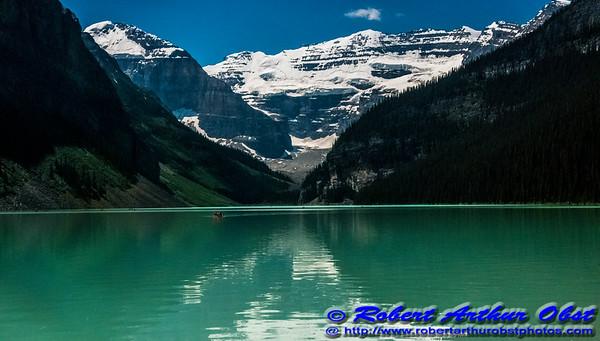 DWS-NPAMAF_8418_ATO.WestUSACanada2014-CAN.AB.LakeLouise.BanffNationalPark.CanadianRockies.CanoesOnLakeLouise-B (DSC_8418.NEF)