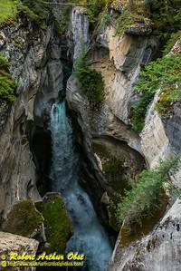DWS-Hiking_8180_ATO.WestUSACanada2014-CAN.Alberta.Jasper.JasperNP.MaligneCanyon.SculptedGorge-B (DSC_8180.NEF)