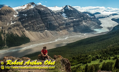 DWS-Hiking_8300_ATO.WestUSACanada2014-CAN.Alberta.SaskatchewanRiverCrossing.BanffNP.ParkersRidgeTrail.SaskatchewanGlacier-B (DSC_8300.NEF)