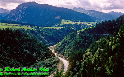 AP.QWEurope.Austria_0019-1987.09_SS30AUG2012_Obertilliach.GailRiverValley.LushGreenValleySerpentineFastRiver-U