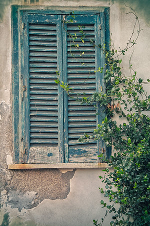 Window in Atrani