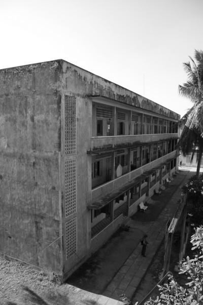 S21 - School turned Prison