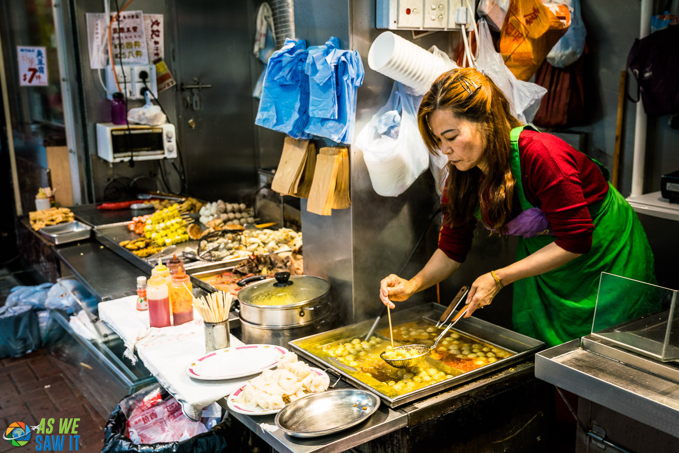 street food vendor in hong kong