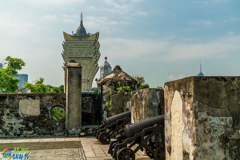Cannons protecting Macao at Guia Fort.