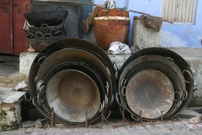 Extra Large Woks