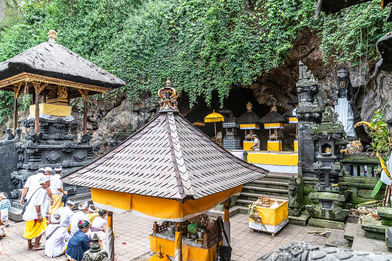 pura goa lawah the balinese version of the bat cave