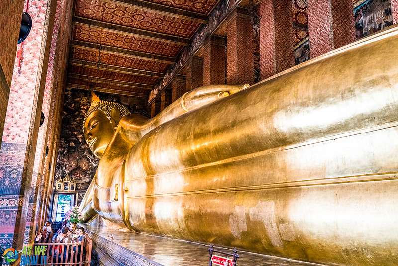Wat Pho, the temple of the reclining budha.