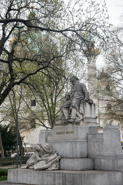 Statue of Johannes Brahms in the park at Vienna, Austria.