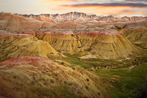 Yellow mounds with red mineral in Badlands National Park, #0738