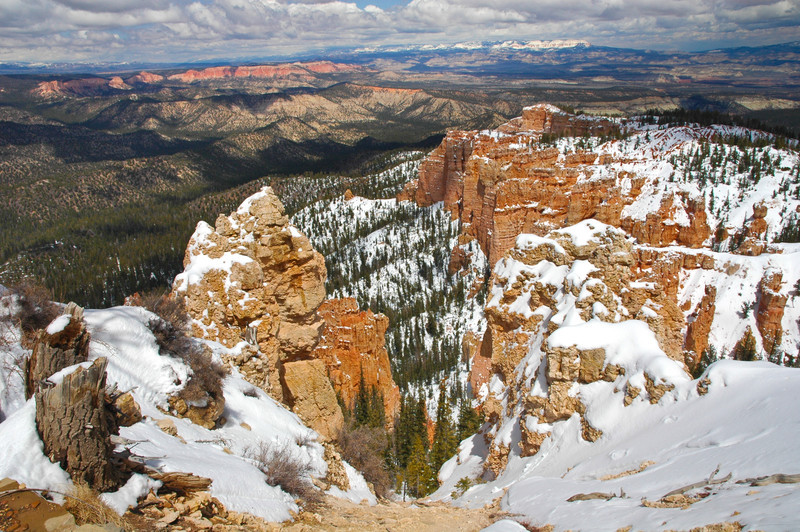 April Snows on the Hoodoos