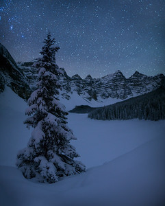 Night time winter at Moraine Lake
