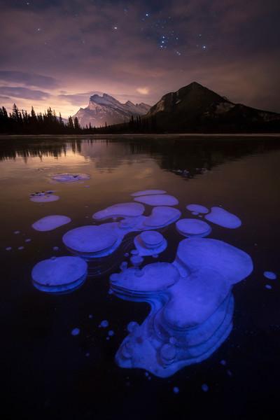 Frozen bubbles, Banff National Park