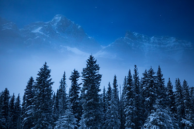 Fog and stars at Bow Lake