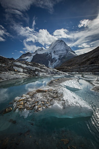 Glacier and lake, Mount Robson Provincial Park, British Columbia, Canada