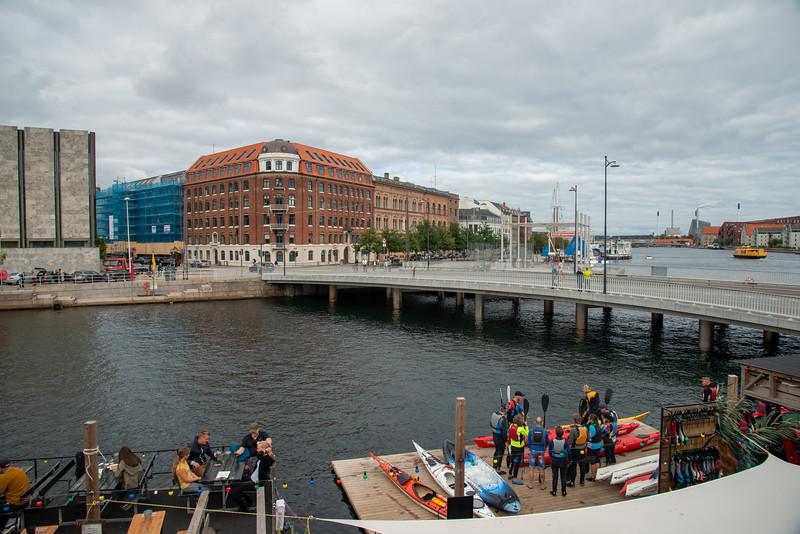 Kayak Bar, Børskaj, with a view from Knippels Bridge, Knippelsbro, Copenhagen, København, Denmark