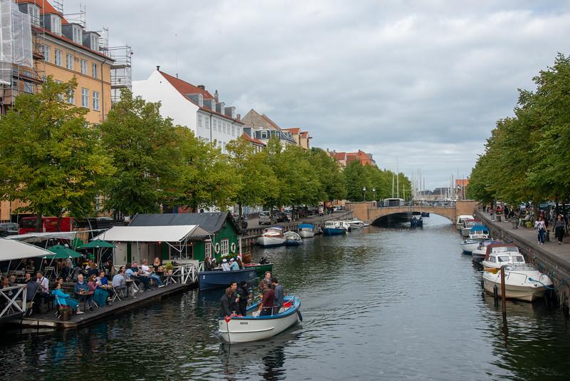 Christianshavn boat rental & Café, Christianshavns bådudlejning & Café, on the canal at Overgaden Neden Vandet, København, Copenhagen, København, Denmark