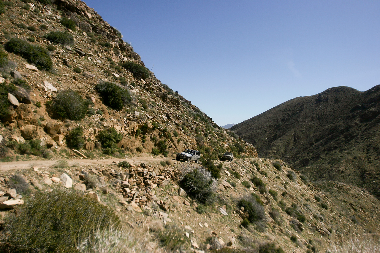 Heading up to the ridge of Oriflame Canyon