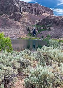 Ancient Lake, Potholes Coulee (5/2015)