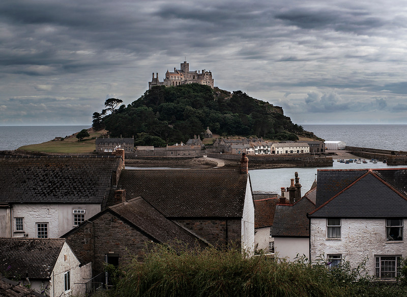 St Michael Mount as seen from the town of Marazion.  Marazion, Cornwall, England, 2018.
