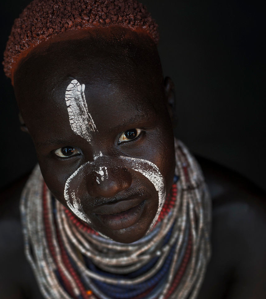 The Karo tribe is made up of about 1,000 people who survive on agriculture and fishing. Their diet consists of maize, sorghum and beans they grow themselves plus they fish from the river and raise goats and cattle.<br /> <br /> Omo valley, 2017.
