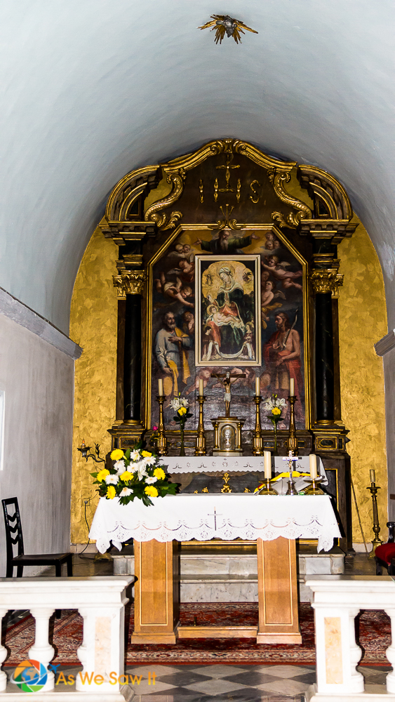 Gold altar in Cavtat St. Francis church with paintings