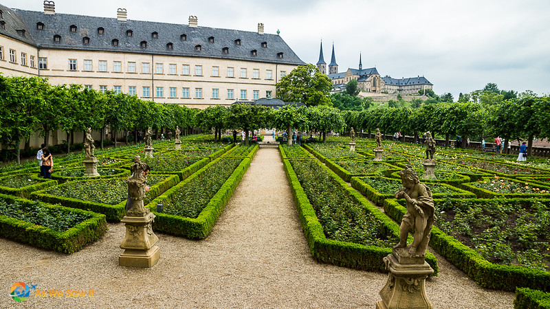 Rose garden at Neue Residenz